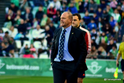 Pepe Mel  (Betis - Sabadell 14/15)