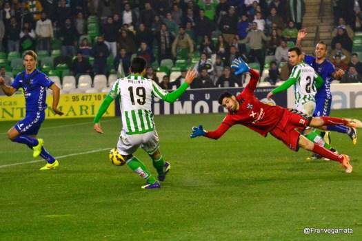 Jorge Molina anotando el último gol ante el CD Tenerife