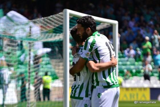 Abrazo Ruben - Molina  (Betis-Zaragoza 14/15)