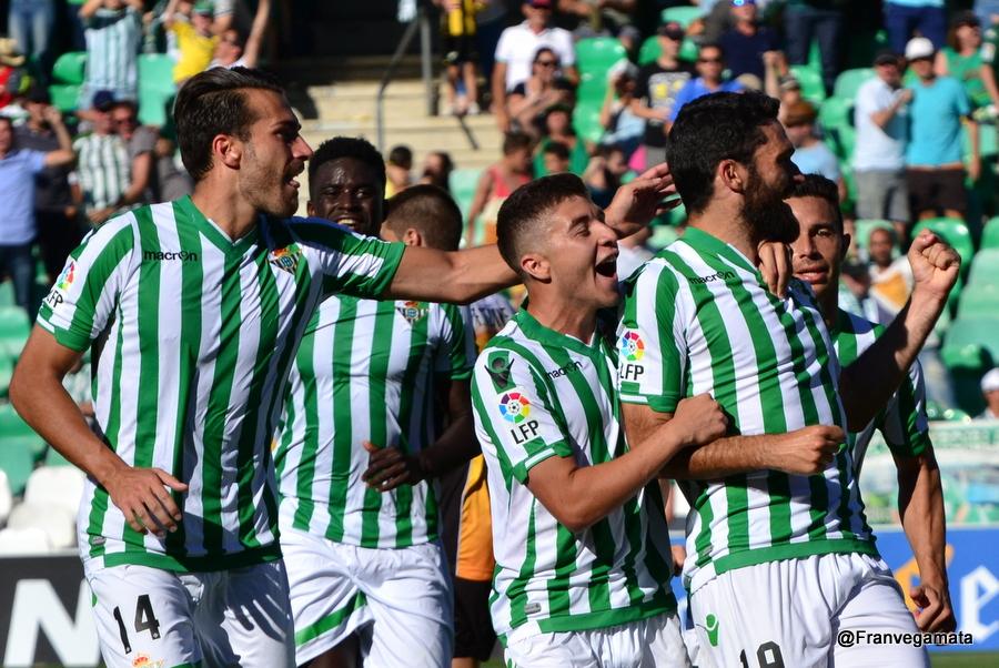 Molina celebra su tanto  (Betis-Lugo 14/15)