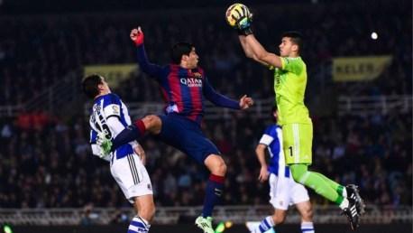 Gero Rulli frente al FC Barcelona. (Foto: elrincondelareal.com)