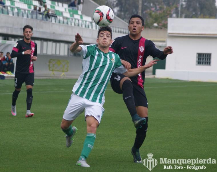 Juanjo debutó ayer con victoria.