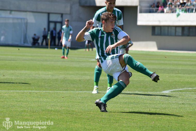 Juanma volvió a marcar desde los once metros.