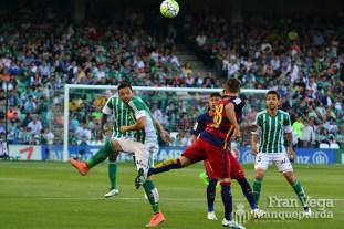 Ruben activo en los primero minutos (Betis-Barcelona 15/16)