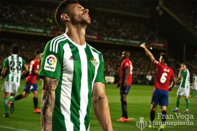 Ruben Castro seguía reñido con el gol (Betis-Osasuna 16/17)