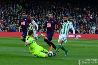 Cara a cara a Boudebuz (Betis-Eibar 17-18)