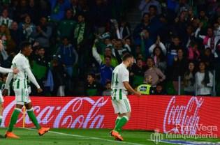 Durmisi celebrando el empate (Betis-Malaga 17-18)