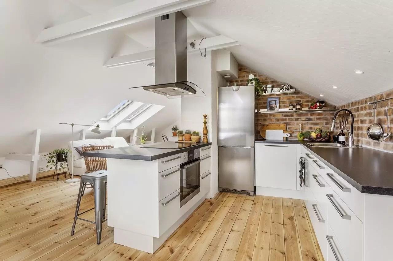 Idee per una cucina in mansarda  Mansardait