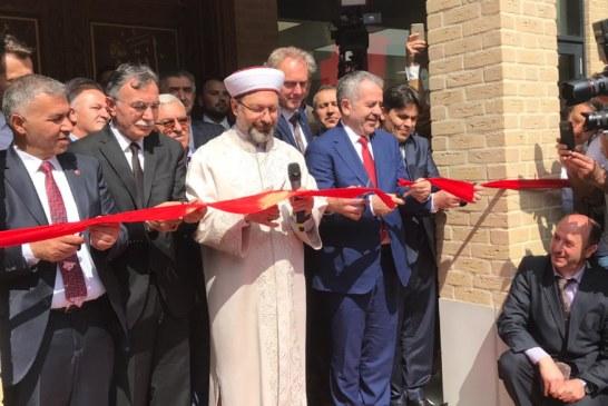 Venlo Tevhit Camii'nin Resmi Açılışı Yapıldı