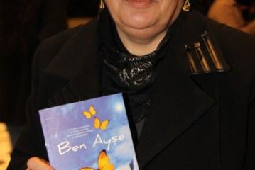 Ayşe Uç ilk kitabını yayınladı