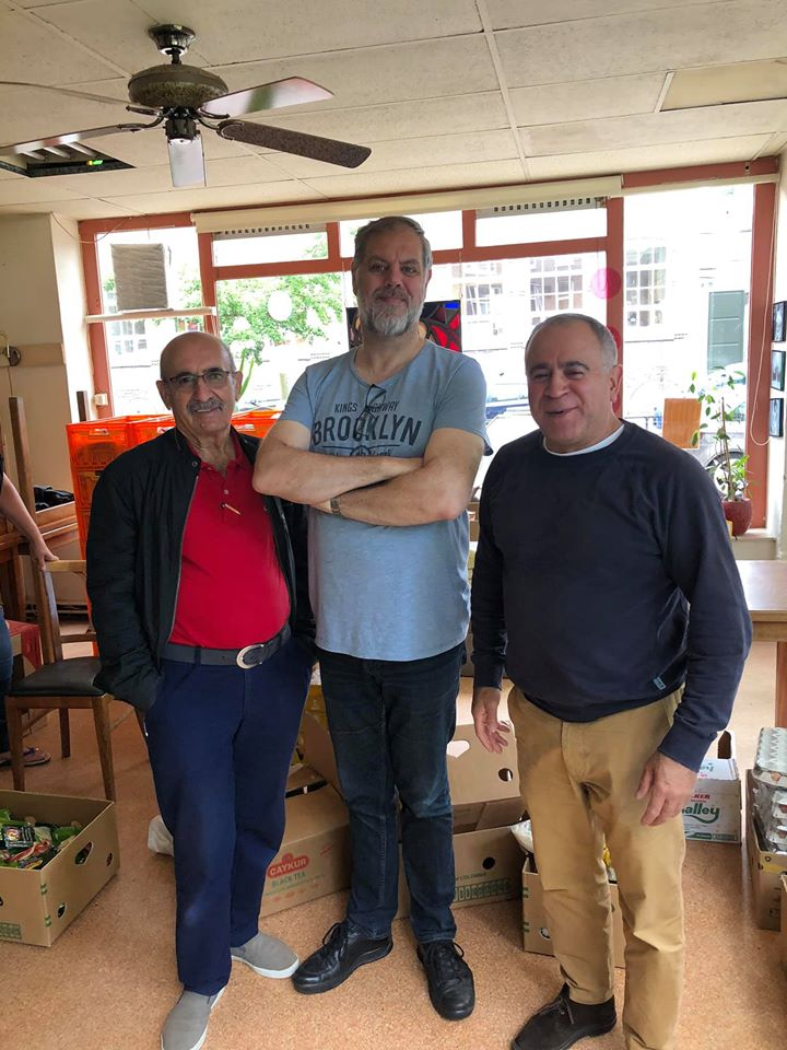Versam Teşkilatından Rotterdam Voedselbank'a gıda yardımı