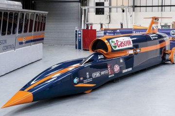Bloodhound-Super-Sonic-Car_3