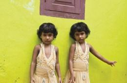 F25H57 India, Kerala, Kodinhi, twins town