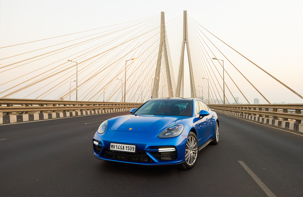 2017 Porsche Panamera launched in India at Rs 1.93 Cr