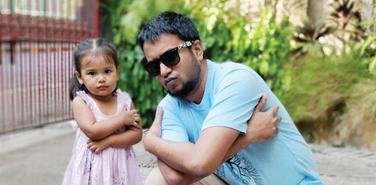 #StoriesOf2018: How Stay-At-Home Dads Are Turning The Tide For Indian Parenting