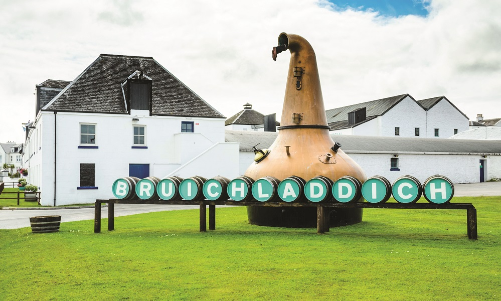 The Bruichladdich Distillery Pays Tribute To Islay's Finest