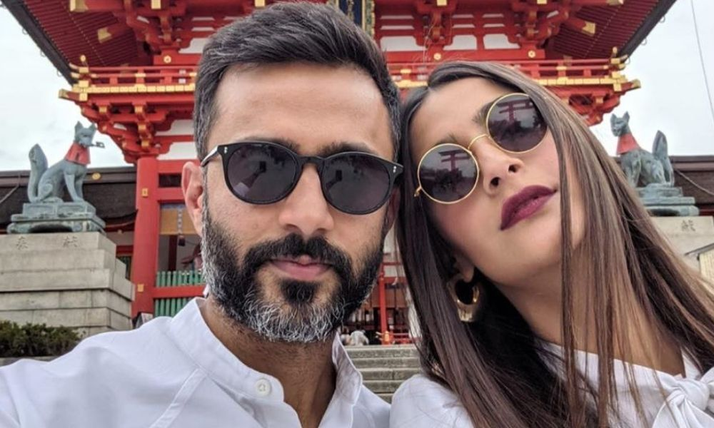 Here's How Sonam Kapoor Fell In Love With Anand Ahuja