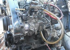 Mitsubishi 4D56 engine factory workshop and repair manual
