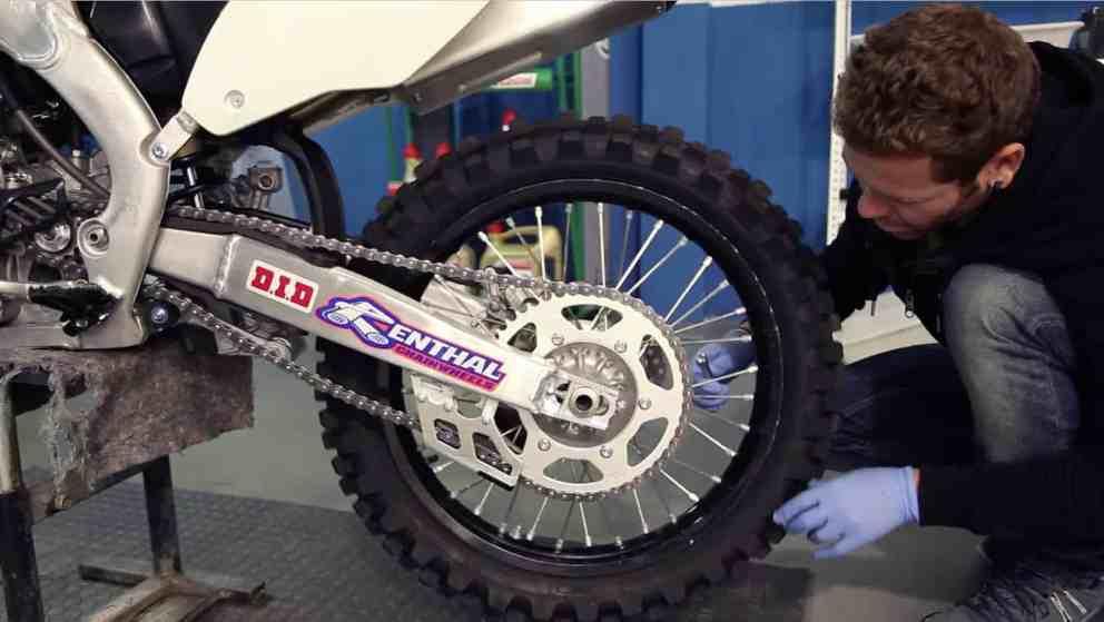Manual Moto Honda CR 250 Reparación Cambio de Llantas Neumaticos