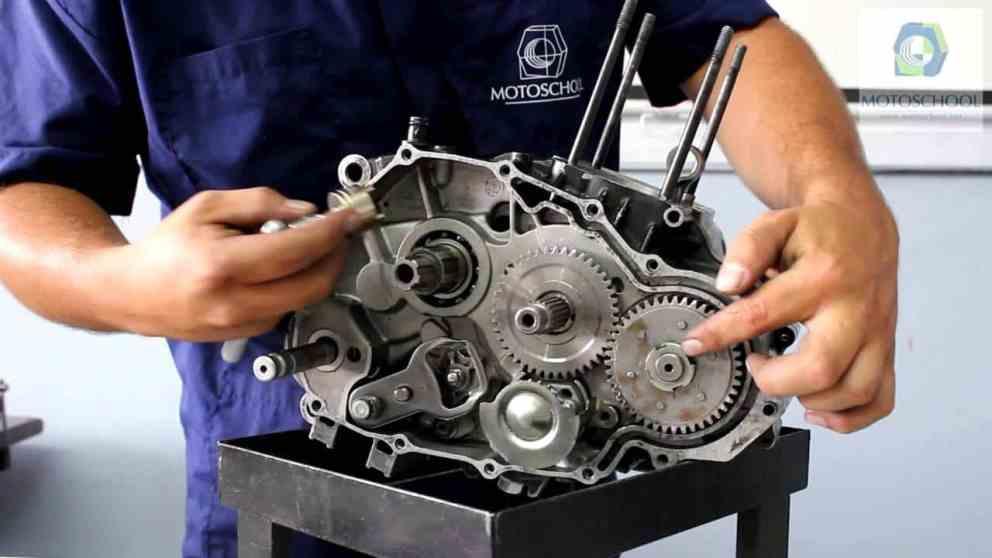 Manual Moto Honda CR 250 Reparación Transmisión