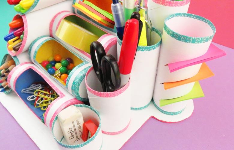 organizador de escritorio con tubos de carton