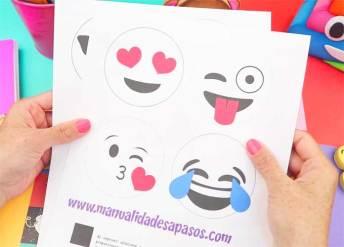 útiles escolares emoji