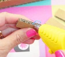 pegar clip a carton