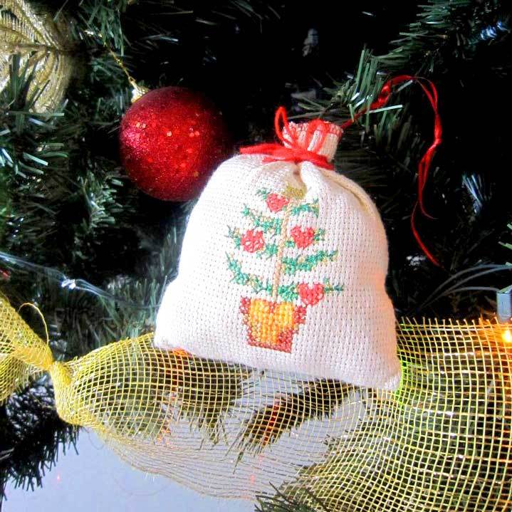 adorno en crochet para el arbol de navidad