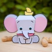 Papercraft imprimible y armable de elefante Dumbo de Disney. Manualidades a Raudales.