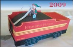 Papercraft imprimible, recortable y armable del vagón con carbón de Santa Claus. Manualidades a Raudales.