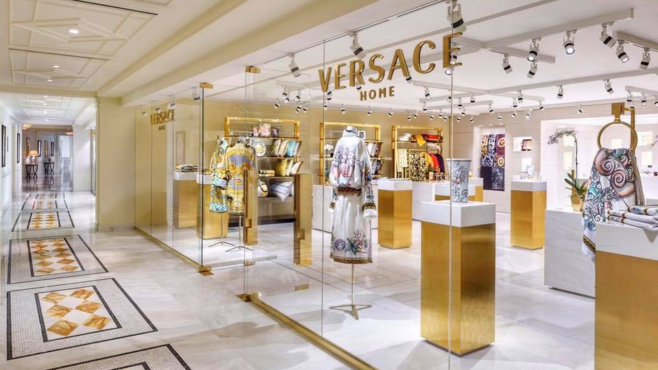 Versace Home Now Open At Palazzo Versace Dubai Manuela Miracul Magazine