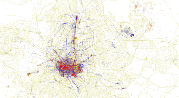 Mapa de las fotos tomadas en Madrid por turistas y autóctonos elaborado por Eric Fischer