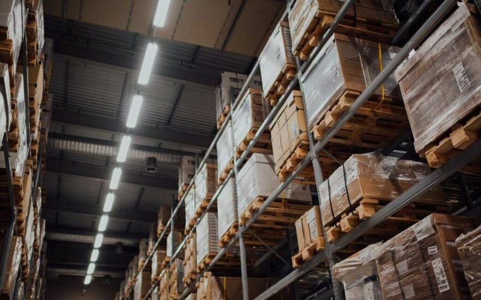 Správné označení regálů ve skladech zajistí bezpečnost zaměstnanců a zrychlí práci