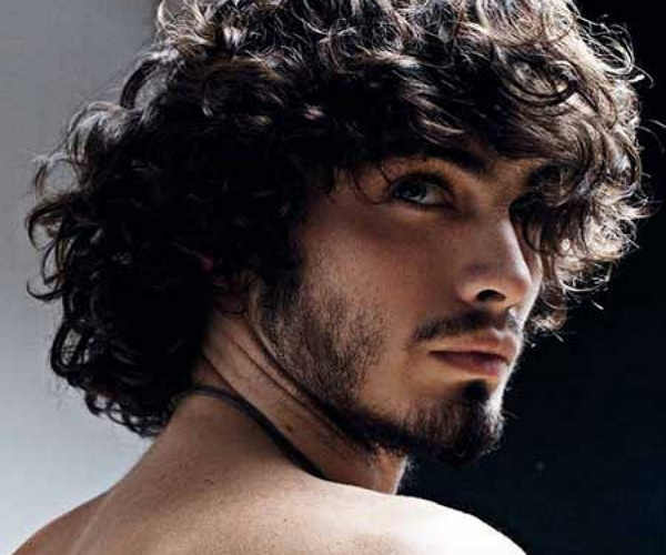 5 Cool Hairstyles For Guys With Wavy Hair