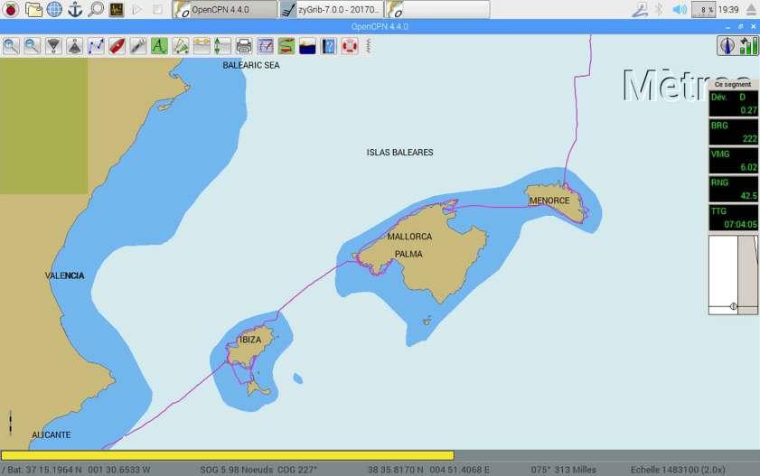 Extrait de notre logiciel de cartographie, avec la trace GPS autour des îles Baléares.