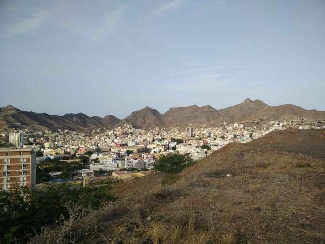 Vue sur le nord de la ville de Mindelo.
