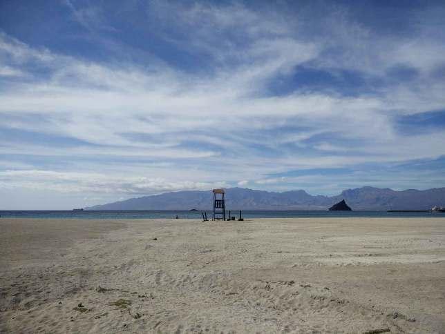 La belle plage de Laginha à Mindelo.