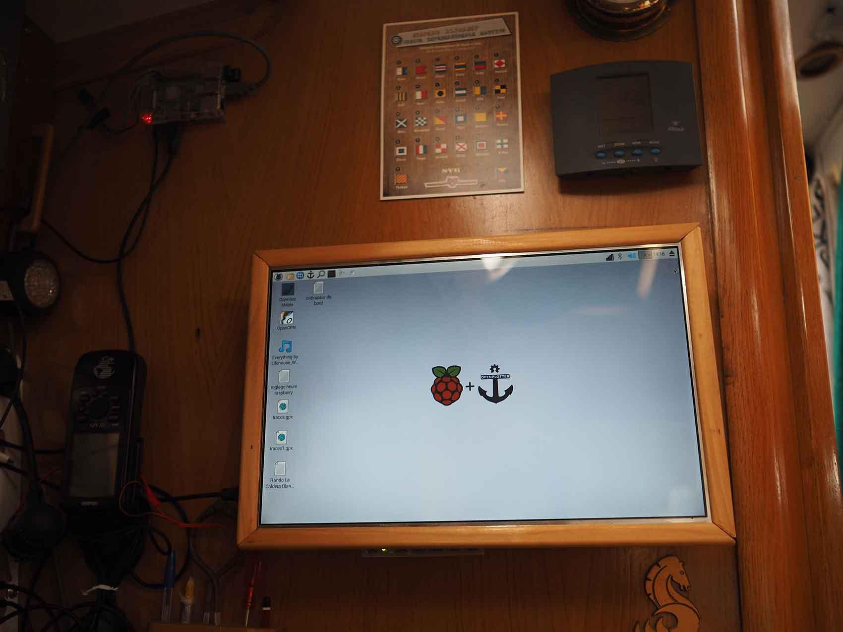 Installation du système OpenPlotter sur un Raspberry Pi 3