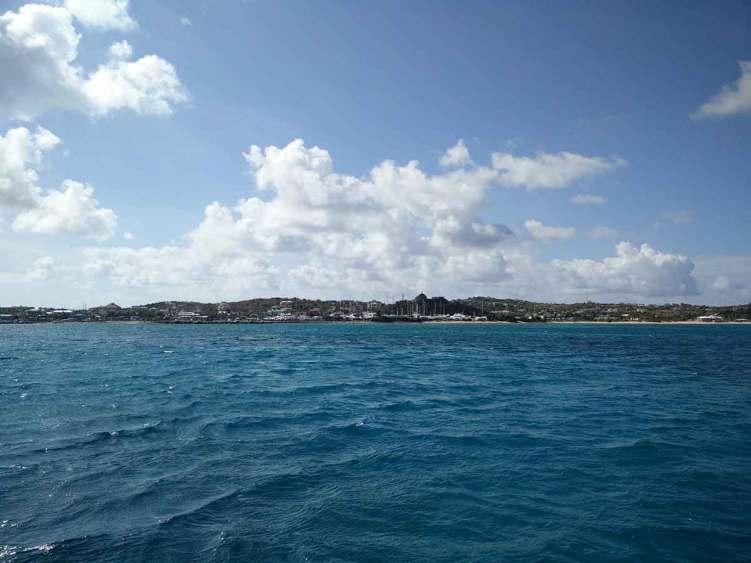 La petite ville de Saint Thomas sur l'île de Virgin Gorda aux BVI.