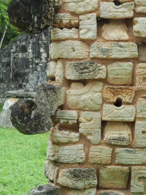 Chaac, le dieu de la Pluie sculpté à Chichén Itza.