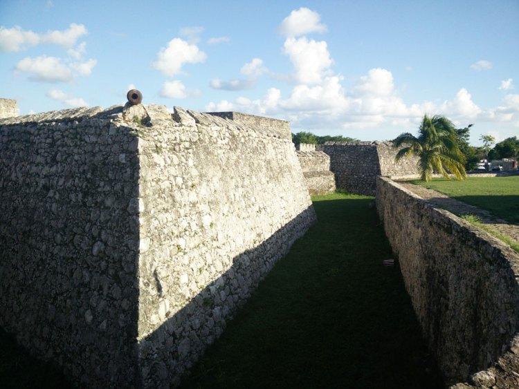 Fort San Felipe à Bacalar au Mexique.