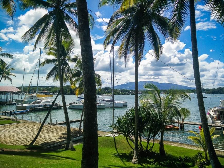Vue de la marina de Nana Juana depuis les jardins.