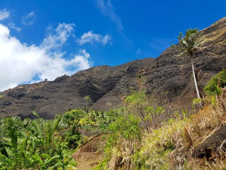 Incendies sur les hauteurs de Fatu Hiva.