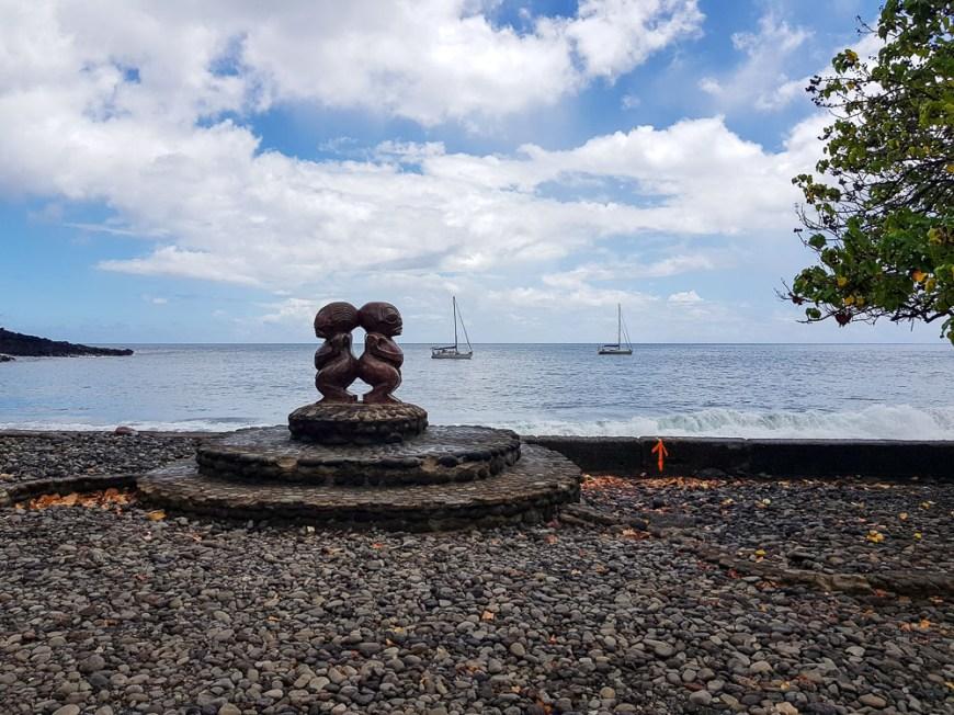 La vue sur le mouillage d'Omoa, sur l'île de Fatu Hiva aux Marquises.