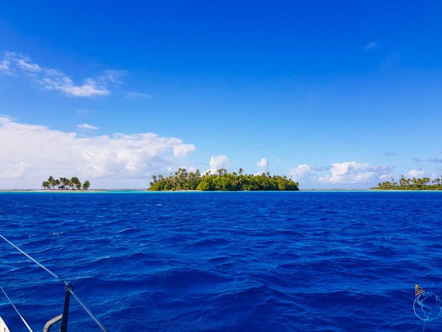 Motu à Raroia, en Polynésie française.