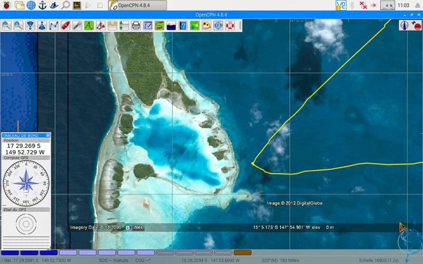 Vue satellite du Lagon Bleu à Rangiroa.