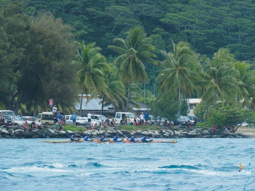 Arrivée des rameurs de la Hawaiki Nui Va'a à Raiatea.