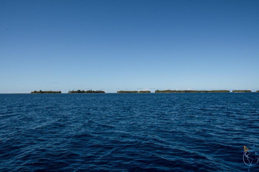 Motu le long du lagon au nord de l'île de Taha'a.