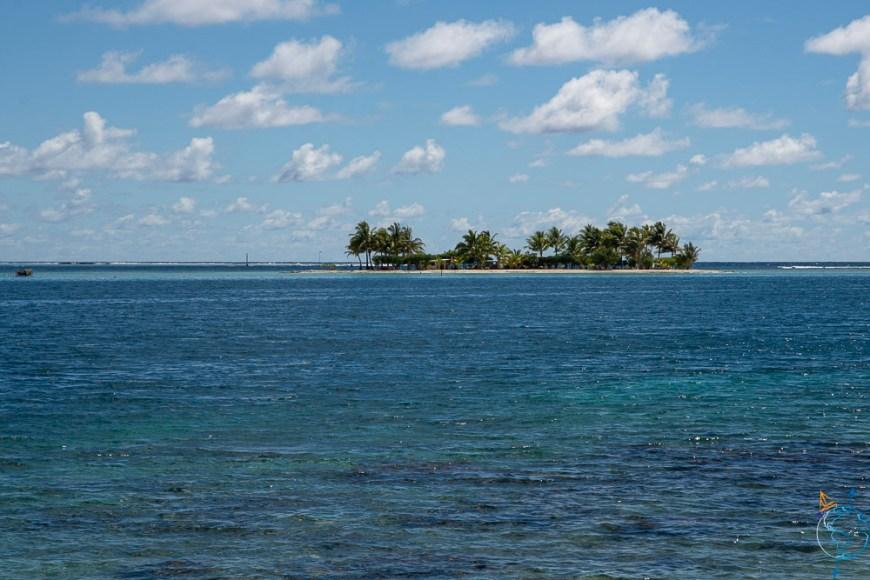 La passe Farerea à l'est de l'île de Huahine.