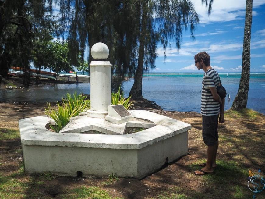 Monument qui commémore la venue de Cook sur Tahiti, à la pointe Vénus.